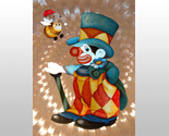 654436_clown_with_bee_thumb155_crop