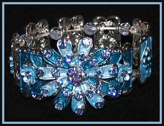 Brac fancy crystal blue flower blk front