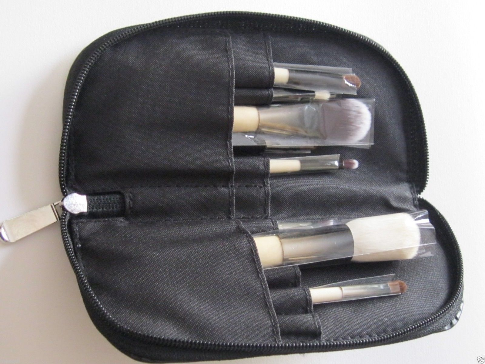 The Essential 9-Piece Travel Cosmetic Makeup Brush Set