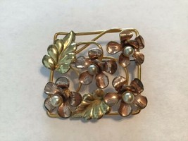 Vintage Raleigh 1/20 12kt GF Floral Faux Pearl Gold Leaf Square Brooch - $19.75