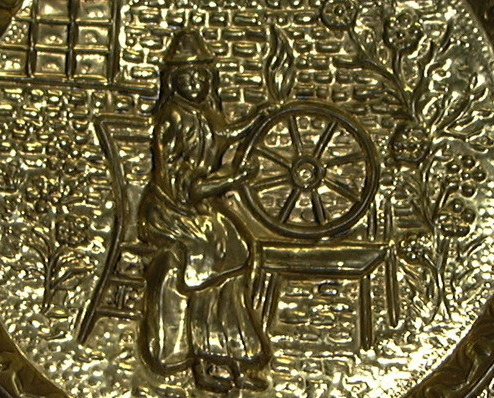 M94 Vintage Brass Wall Plaque Display Plate Woman at Spinning Wheel