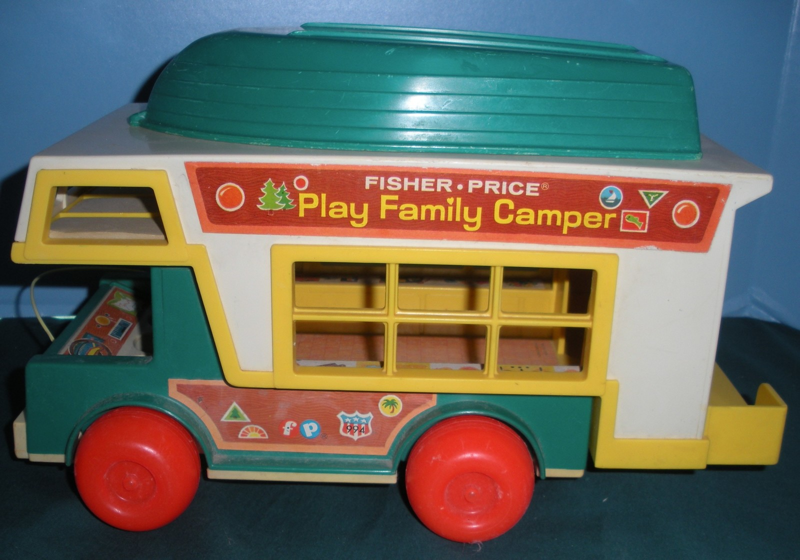 Vintage Fisher Price Play Family #994 Camper Comp. with ALL PLASTIC LP/EXC (I
