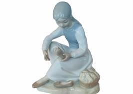 Lladro Nao Daisa Spain porcelain statue sculpture 86 girl holding foot shoe feet - $222.75