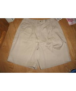 Ladies basic editions Cotton Twill Shorts Size 10 Pleated Wide Leg Beige... - $9.99