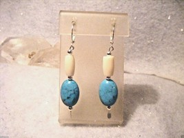 Native American Turquoise, 1/2 Inch White Hairpipe Earrings - €2,10 EUR