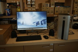 """HP Pavilion 550-153wb Tower PC + 23"""" Monitor - 3.7Ghz Core i3 6GB RAM 1TB Win 10 - $299.99"""