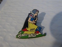 Disney Trading Pins 7220 DS - 100 Years of Dreams - #16 Snow White (1937) - $18.58