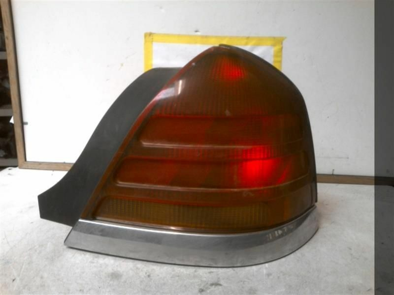 Primary image for Passenger Tail Light Quarter Panel 4 Bulbs Fits 98-03 CROWN VICTORIA 311343