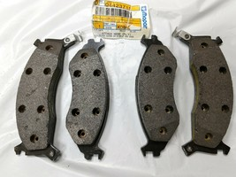 4423715 NEW GENUINE MOPAR OEM DISC BRAKE PADS fits VARIOUS CHRYSLER MODELS - $77.52