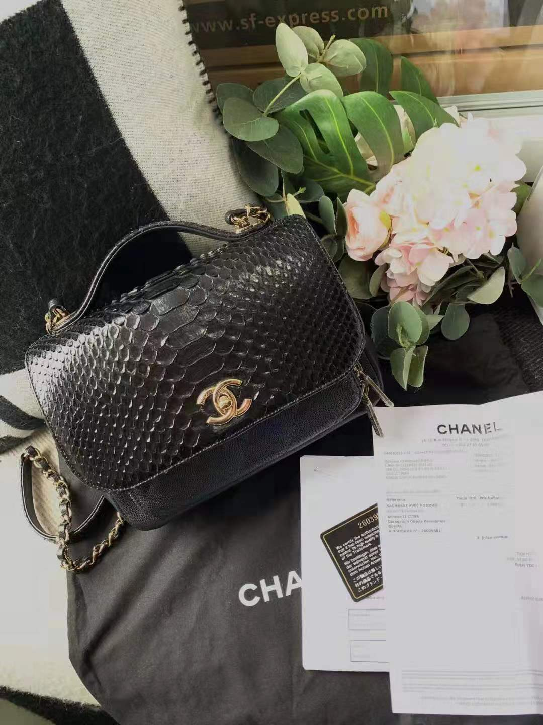 AUTH NEW CHANEL BLACK RARE PYTHON AFFINITY FLAP BAG  2 WAY HANDLE BAG RECEIPT