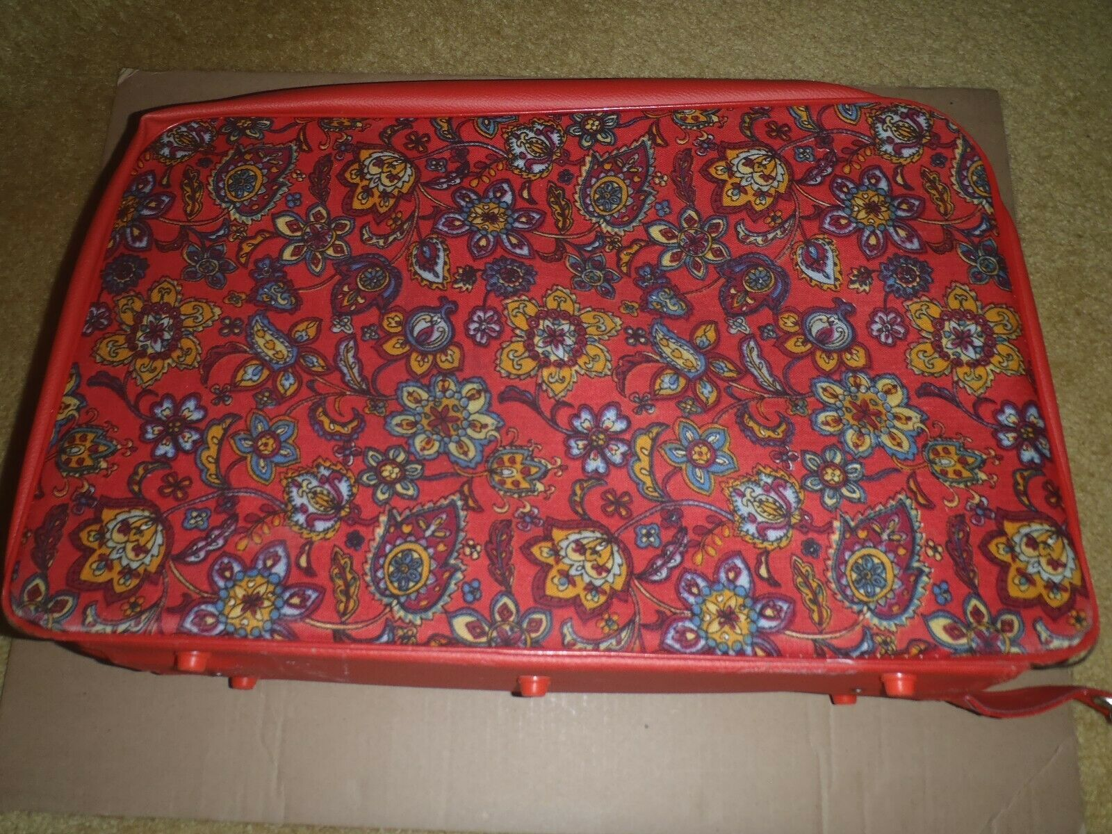 Vintage Set 3 Bantam Travelware Floral Red Paisley Carry On Suitcases Fabric