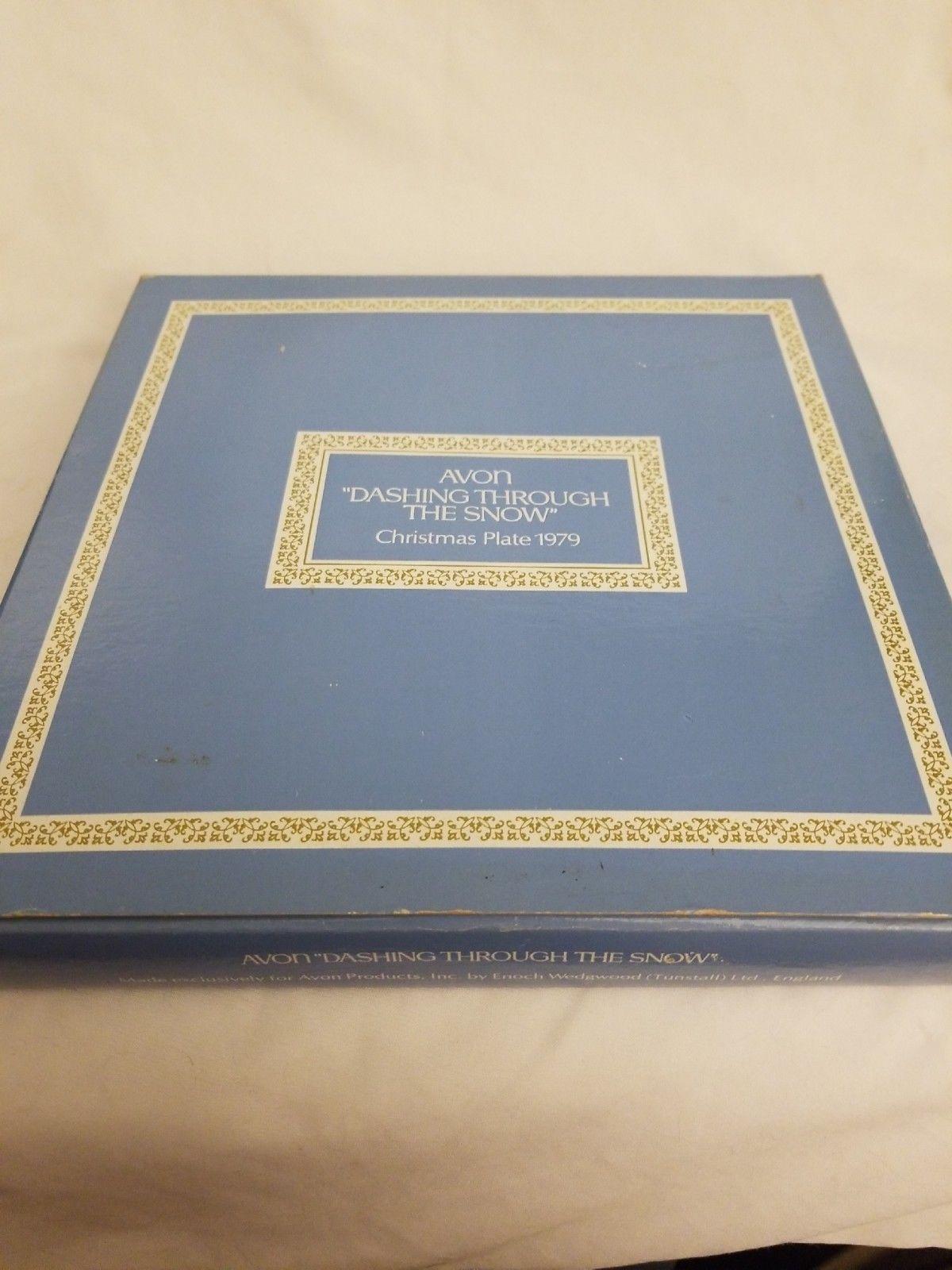 """Avon 1979 Christmas Plate """"Dashing Through the Snow"""" with Original Box image 4"""