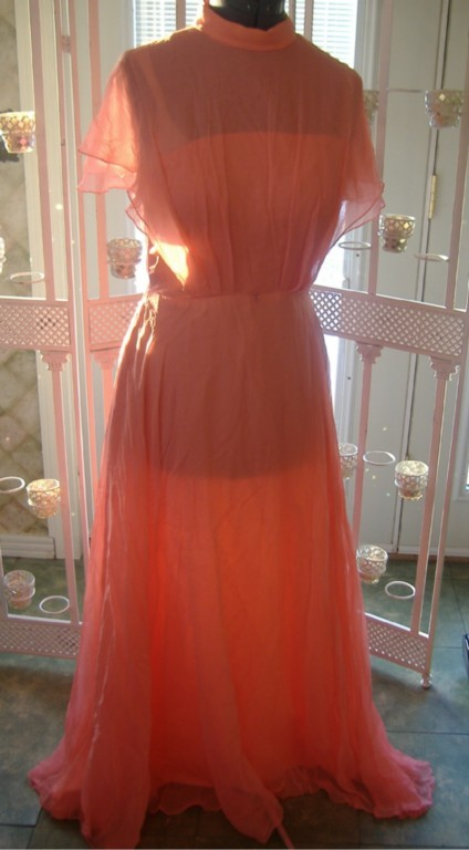 Vintage ? womens 30 40s style formal dress gown glam