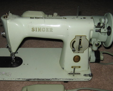 Vintage Singer 15-125 Slack Thread Take Up Lever 125382