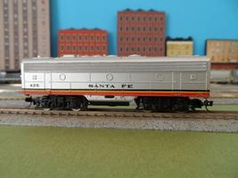 N Scale Bachmann 50' Engine Diesel Santa Fe Loco Train Dummy Custom Mtl - $28.95