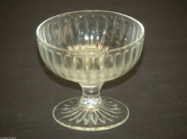 Old Vintage Ribbed Clear Glass Ice Cream / Sherbet Dessert Cup Dish - $8.90