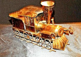 Metal Train Engine Music Box AA19-1504 Vintage image 2