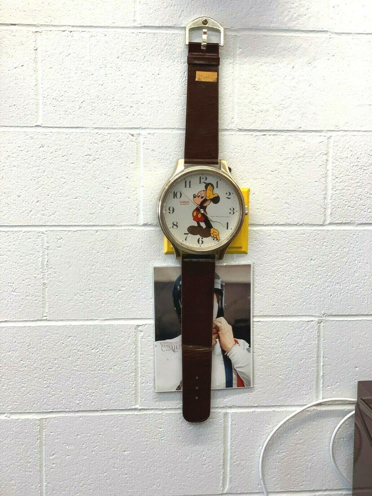 Mickey Mouse Walt Disney Original Vintage wall clock watch LORUS LFW618B