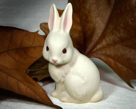 Figurine rabbit