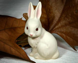 Figurine rabbit thumb155 crop