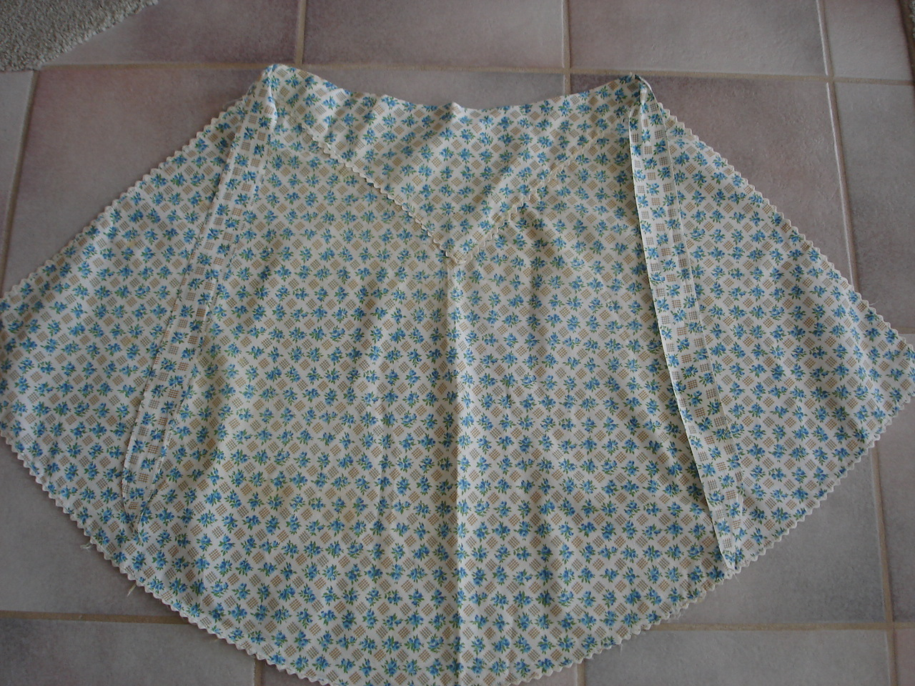 Vintage Lot 3 Flower Fabric Half Aprons, Ruffle