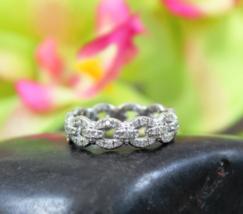 Solid 14k White Gold White Diamond Interlocking Chain Womens Wedding Gift Ring - $399.99
