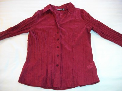 WOMEN LADIES APT 9 RED TOP SHIRT S SMALL CRIMPED MATERIAL