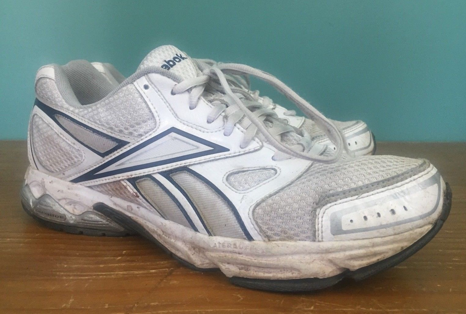 f1a09f130 Reebok Men s Walking Shoes - Size 10.5 - and 50 similar items