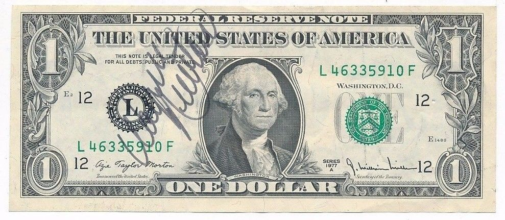 WAYNE NEWTON AUTOGRAPHED 1977 $1 FEDERAL RESERVE NOTE-CRISP! SHIPS FREE!