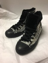 White Black & Gray Fur Lined Converse Wo 7 - $43.25