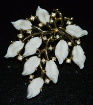 VTG CROWN TRIFARI Gold Tone White Lucite Leaf Flower Rhinestone Pin Brooch - $74.25