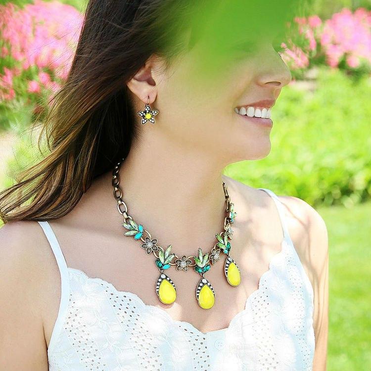 Super deals hot sale best friend necklace pendant summer jewelry shining collier femme 2