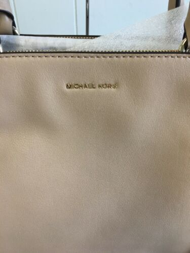 Michael Kors Amelia Medium Top Zip Tote Handbag -  Truffle/Gold #87
