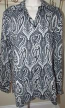 Women's Express Precision Fit Medium M button down blouse top black paisley - $5.93