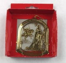 Nations Treasures Ava Gardner Museum Knights Round Brass Metal Ornament Souvenir - $14.85