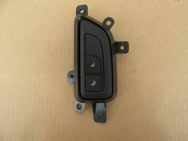 16-18 GM Cadillac CT6 Rear Passenger LH Left Seat Heat Switch Control 23... - $37.99
