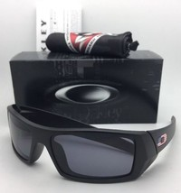 New OAKLEY Sunglasses GASCAN 11-192 60-15 Matte Black with USA Logos+Grey Lenses