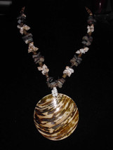 VTG Conch Shell & Abalone Shell Glass Beaded Necklace Lrg Faux Shell Pendant - $9.90
