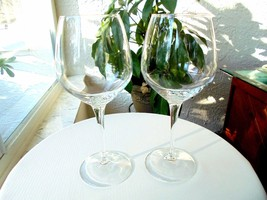 "Set of 2 Bormioli Rocco Chardonnay Wine Glasses 9"" Tall Signed - $24.74"