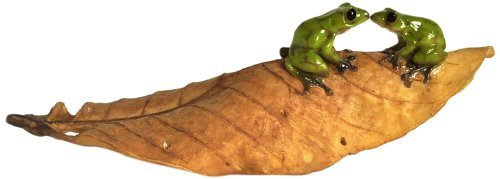 Top Collection Enchanted Story Garden Kissing Frogs on Leaf Outdoor Decor