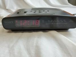 Sony Dream Machine Dual Alarm Digital Clock AM/FM 2 Bands Radio(ICF-C420... - $21.40