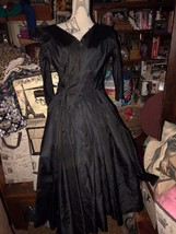 SALISCH Elegant Vintage 1960s Black Onyx Satin Formal Dress Size XS/S - $133.65