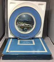 "Dashing through the snow Christmas 1979 Avon 8.5"" plate in box Wedgwood England image 2"