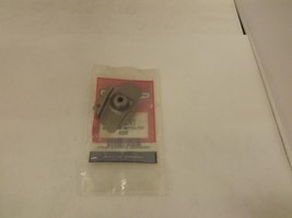 2 OEM Briggs and Stratton 223831 AIR GUIDE New*B84115 NOS - £6.13 GBP