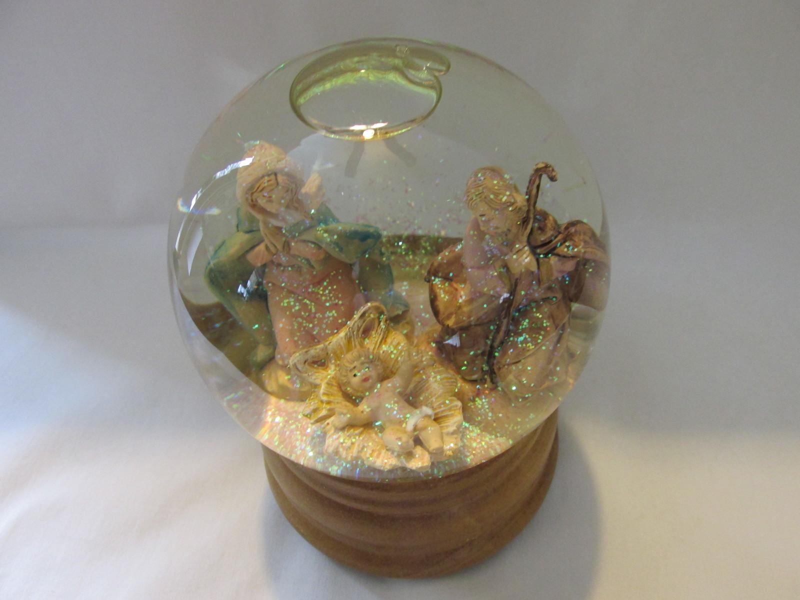 Nativity Musical Snow Globe, Plays O Holy Night - Holy Family Fontanini Figures