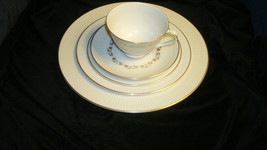 Royal Doulton Fairfax 5 Piece Place Setting with FREE Shipping - $34.95