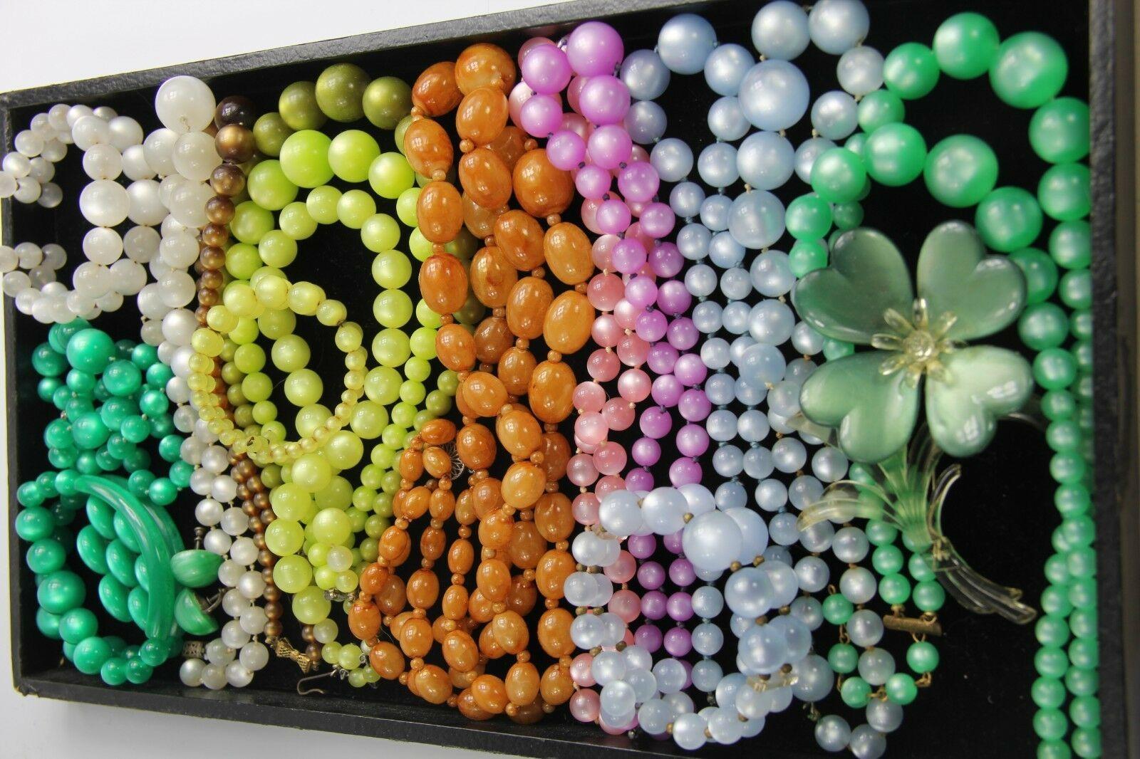 ESTATE VINTAGE Jewelry RARE GREEN MOONGLOW PLASTIC PARURE NECKLACE BRACELET +