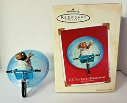 2002 Hallmark Ornament  20th Anniversary ET the Extra-Terrestrial - $29.99