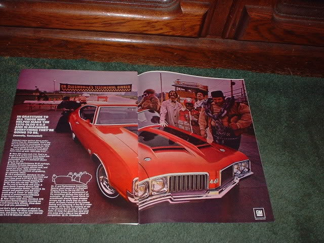 1970 OLDSMOBILE CUTLASS 442 VINTAGE CAR AD 2-PAGE