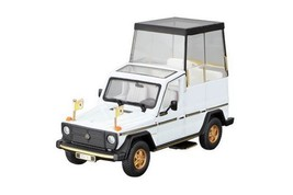 Mercedes Benz 230 G Papa Mobile Diecast Model Car 18-31018 - $17.80